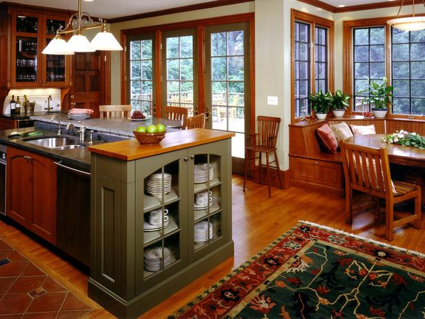Arts and Crafts Kitchens