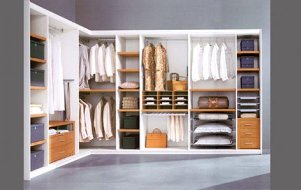 Wardrobe Closet With Shelves