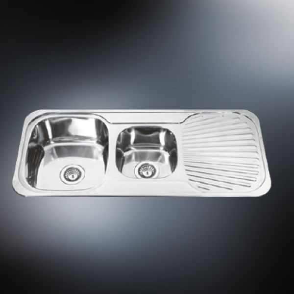 stainless steel sink with oven cleaner